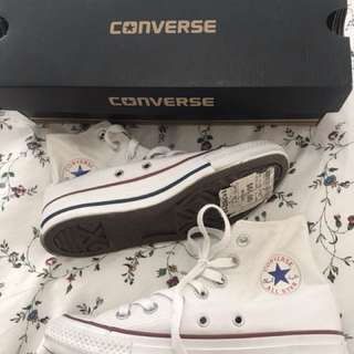 Brand New Converse All Stars Hi Women Size 5