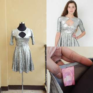 Cali Sun and Fun x American Apparel Velvet Keyhole Dress