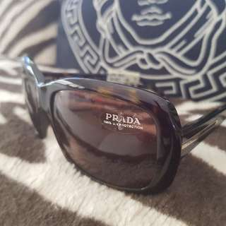 Prada sunglasses New  unisex