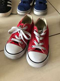 Shoe red converse size 9