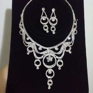 1 set kalung n anting pesta