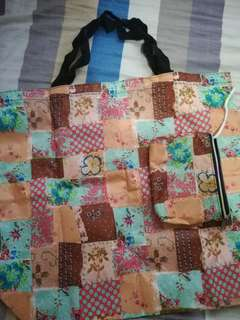 Bag with pouch