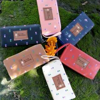 Dompet leady