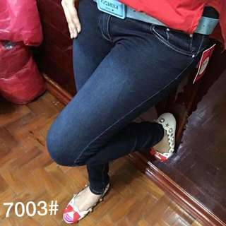 New arrival P385 Op jeans Size 25-30 Maganda Tela