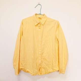 黃色襯衫上衣