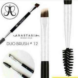 Anastacia Duo Brush