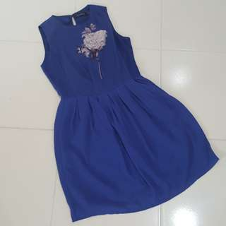 Forntreer dress