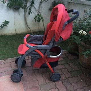 REPRICED AND FREE SHIPPING TO METRO MANILA Chicco Simplicity Stroller
