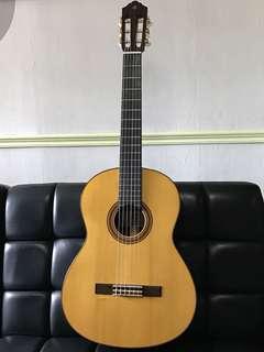 Yamaha Classical Guitar CG182S