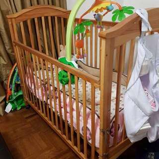 Baby Cot/ baby bed/ baby crib