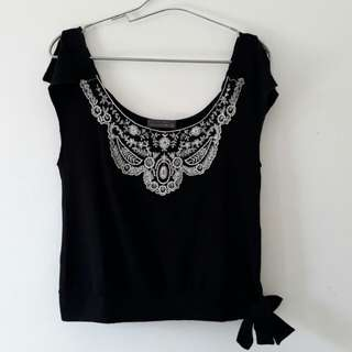 Black Top / Black Shirt / Atasan Hitam