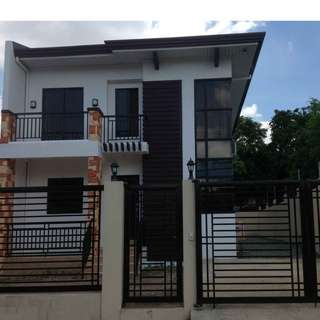 House and Lot in Greenview Executive Village, 160sqm. near FEU Hospital