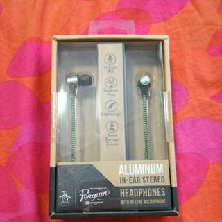PENGUIN EARPHONES