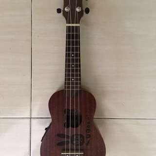 anuenue ukulele with belcat pickup & tuner