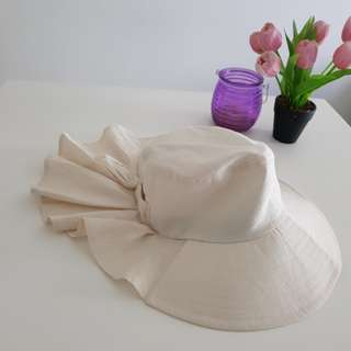 Preloved hat