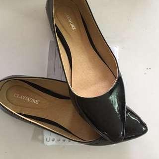 Pointed Flat Shoes Zalora