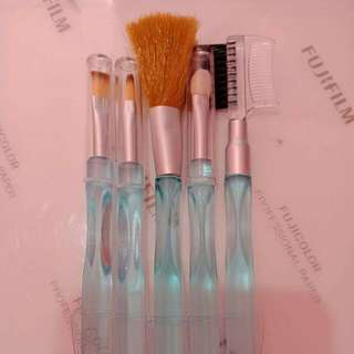 Make up Tool Brush