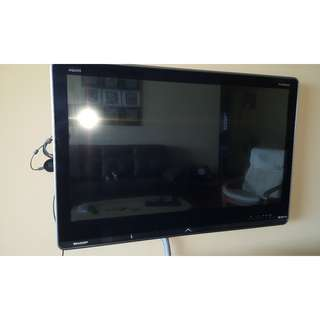Sharp LED Television LC40LE820M