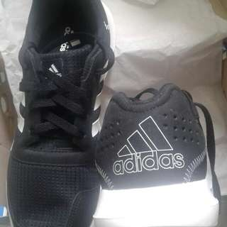 Sepatu adidas element refresh (original)