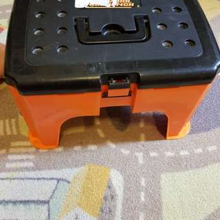 PRELOVED Tool Bench + Stool + Storage