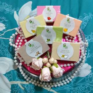 Wholesale price for Wedding Favours, DoorGifts, Baby showers gifts / Berkat!!! Grab Fast!!!