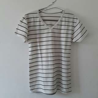 White Stripe Black Tee / Stripe Tee / Kaos Garis