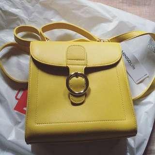 Miniso Sling Bag Warna Kuning