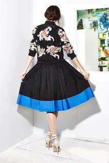 ALICE + OLIVIA by Stacey Bendet Ball Skirt in (Black/Umbrella Blue Combination) Size 0