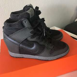 NIKE womens wedge sneakers size AU/US 6