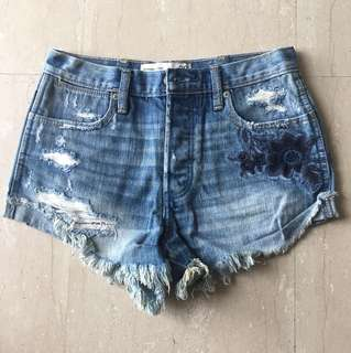 Abercrombie & Fitch High Rise shorts size 24