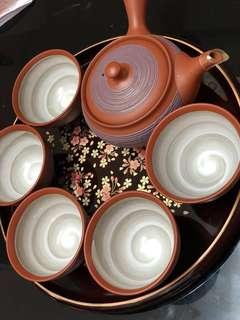 日本🇯🇵手製紫砂(硃砂泥)茶壺連5杯