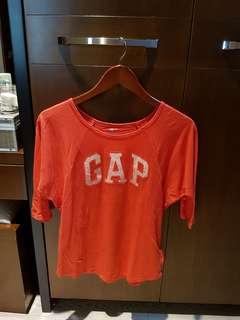 GAP red top
