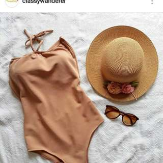 One piece swimsuit by @classywanderer