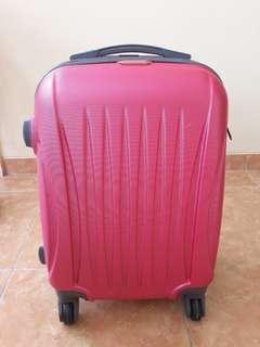 Koper warna pink ukuran cabin