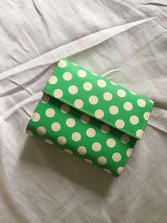 Green polka wallet w coin and card compartments