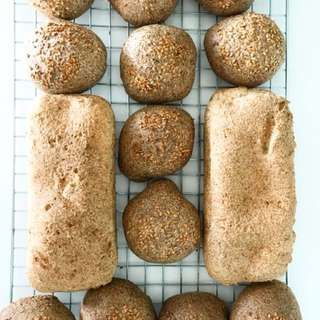 Low carb bread/flaxseed burger buns