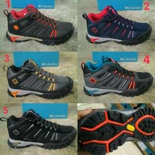 sepatu gunung coloumbia import high Quality for men