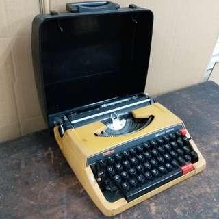 中古懷舊~brother~打字機