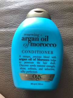 OGX Renewing+ Argan Oil Of Morocco Conditioner