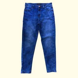 Penshoppe Slim Jeans Size 28