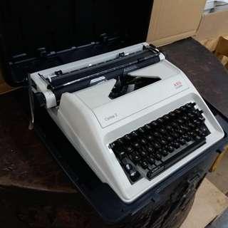 中古懷舊~OLYMPIA~打字機