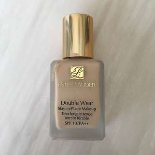 Double Wear Stay-in-Place Makeup Foundation