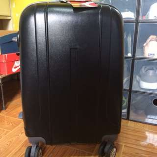 REPRICED Travel basic luggage