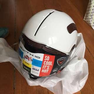Nexx Switx motorcycle helmet BNIB white XL
