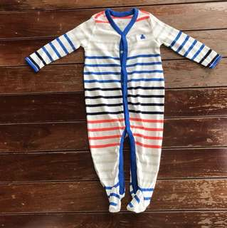 Brand new GAP baby romper Long sleeved 9-12months