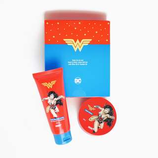 Wonder Woman Body Scrub and Hand & Body Lotion Set
