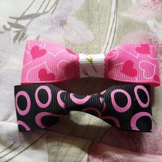 Ribbons brooch $2.00 for 2 piece