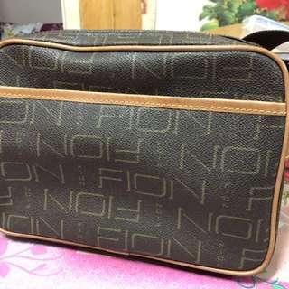FION 多格斜孭袋