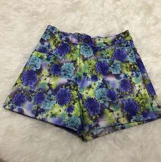 Blue flowy shorts size S