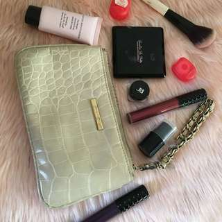 Take all! Pre-loved makeup with Original Anne Klein Pouch